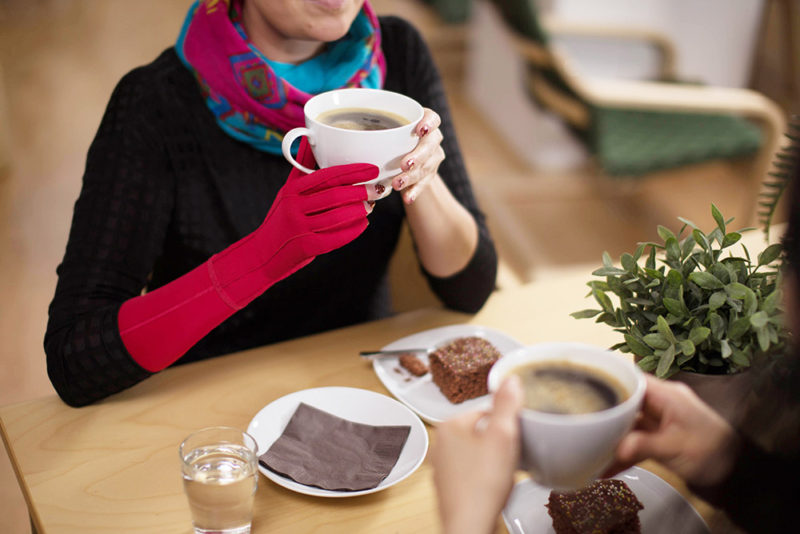 lymed_coffee_sleeve-glove